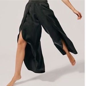 Anthropologie NWT Drew Tulip Charcoal Black Pants